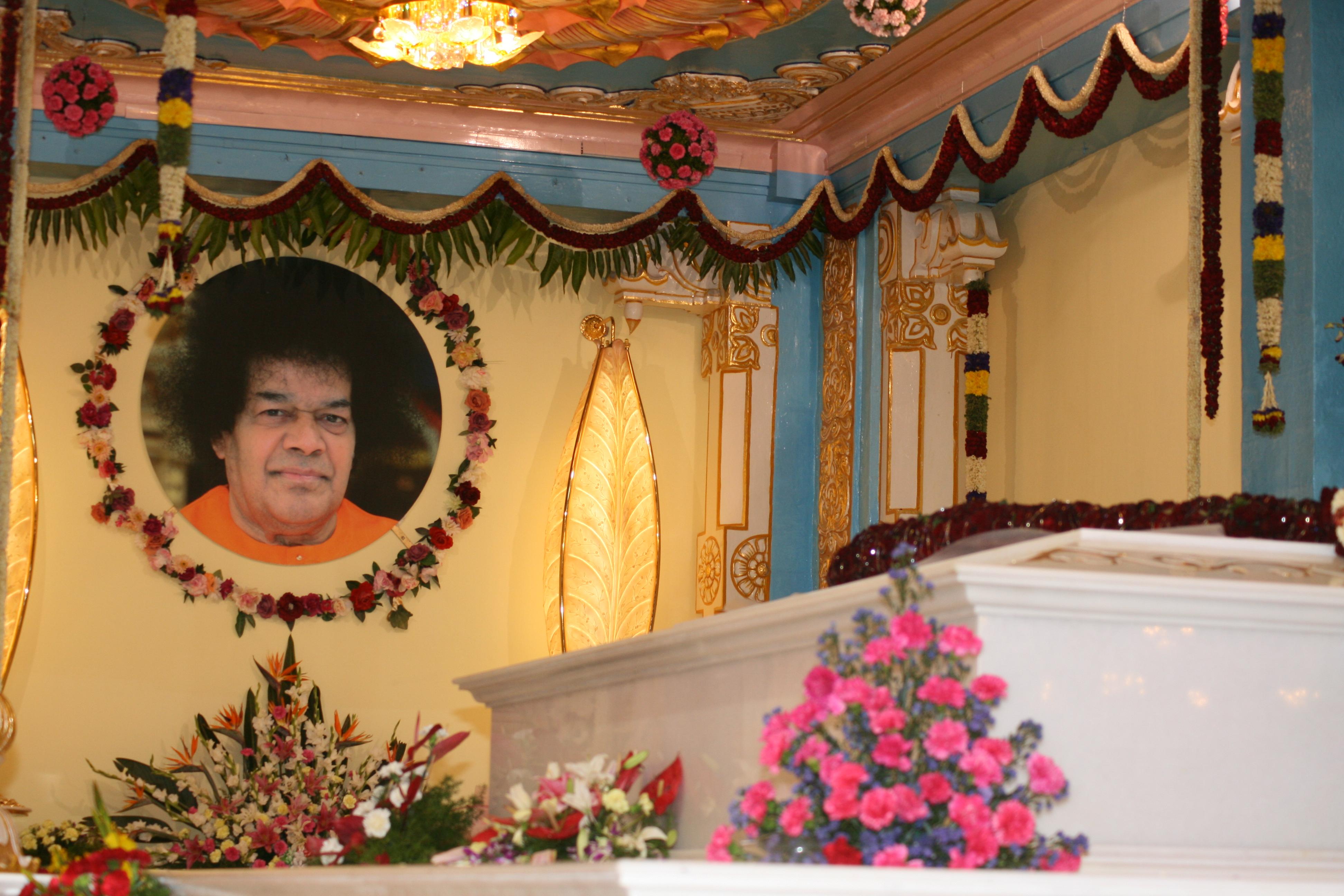 Pics Of The Mahasamadhi