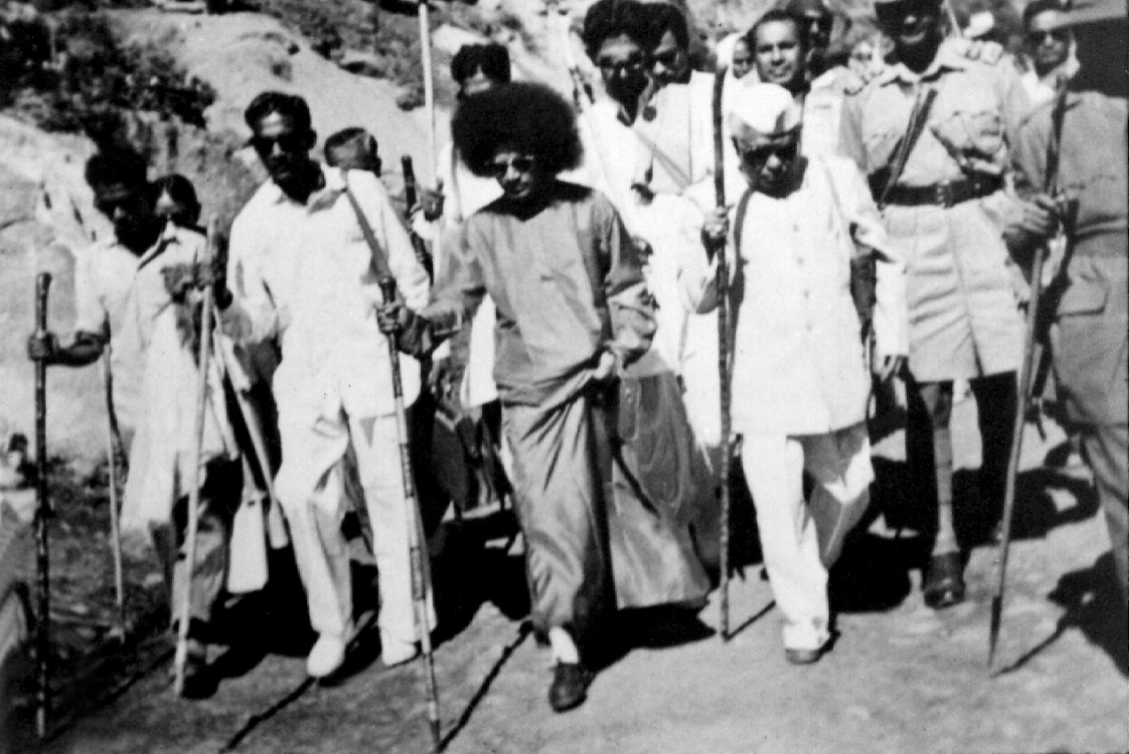 satyagraha and rowlatt essay Satyagraha became the foundation of the non-cooperation movement of 1920, following the infamous rowlatt act non-cooperation movement ended unceremoniously with the chauri chaura incident.