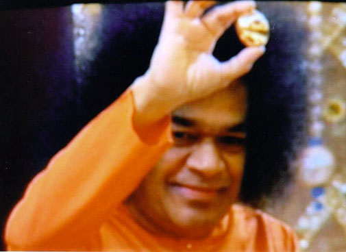 http://www.sathyasai.org/images4/show3.jpg